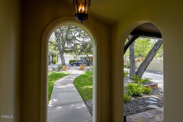 Photo of 320 Baptiste Way, La Canada Flintridge, CA 91011 (MLS # P1-4577)