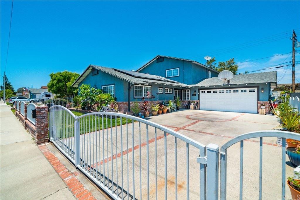 Photo of 1118 Charleston Street, Costa Mesa, CA 92626 (MLS # PW21153577)