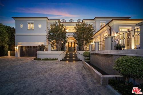 Photo of 130 S Burlingame Avenue, Los Angeles, CA 90049 (MLS # 20674578)