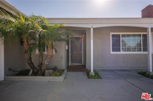 Photo of 17402 Zeider Lane, Huntington Beach, CA 92647 (MLS # 21786578)