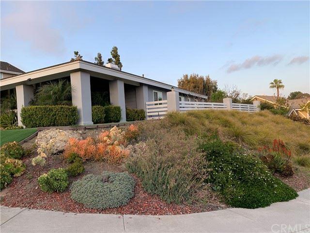 Photo of 25992 La Cuesta Avenue, Laguna Hills, CA 92653 (MLS # OC21089578)