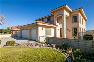 Photo of 18065 Lakeview Drive, Victorville, CA 92395 (MLS # 515579)
