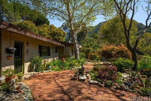Photo of 572 Mountain Green Drive, Calabasas, CA 91302 (MLS # SR20080579)
