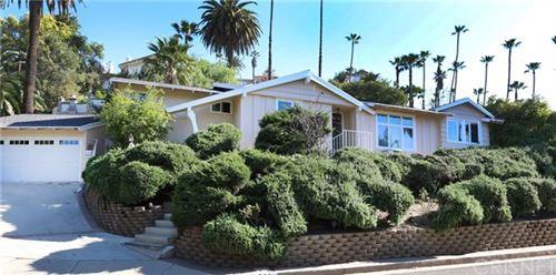 Photo of 341 Cumberland Road, Glendale, CA 91202 (MLS # SR21082579)