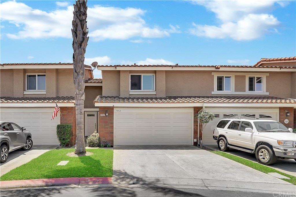 Photo of 7952 Moonmist Circle, Huntington Beach, CA 92648 (MLS # OC21164579)