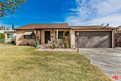 Photo of 8844 Sylmar Avenue, Panorama City, CA 91402 (MLS # 21678580)