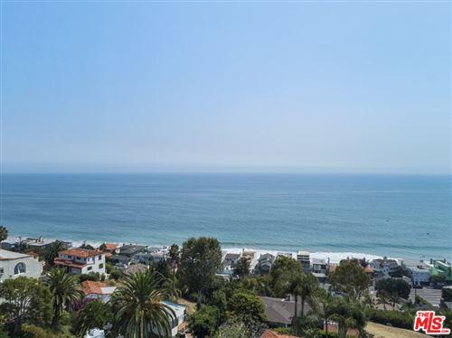 Photo of 21565 Rambla Vista Drive, Malibu, CA 90265 (MLS # 21774580)