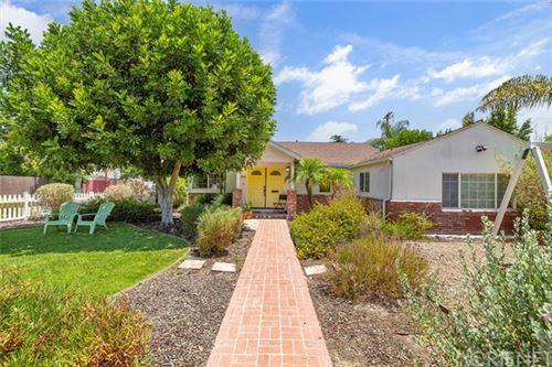 Photo of 744 N Evergreen Street, Burbank, CA 91505 (MLS # SR20134580)