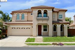 Photo of 297 Pebble Beach Dr, Brentwood, CA 94513 (MLS # 40865581)