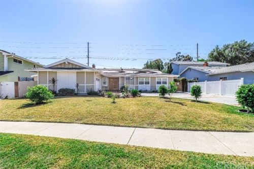 Photo of 23630 Nadir Street, West Hills, CA 91304 (MLS # SR21045581)
