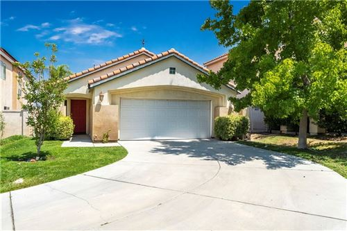 Photo of 25926 San Clemente Drive, Newhall, CA 91321 (MLS # SR21177582)
