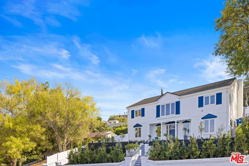 Photo of 14522 Valley Vista Boulevard, Sherman Oaks, CA 91403 (MLS # 21787582)