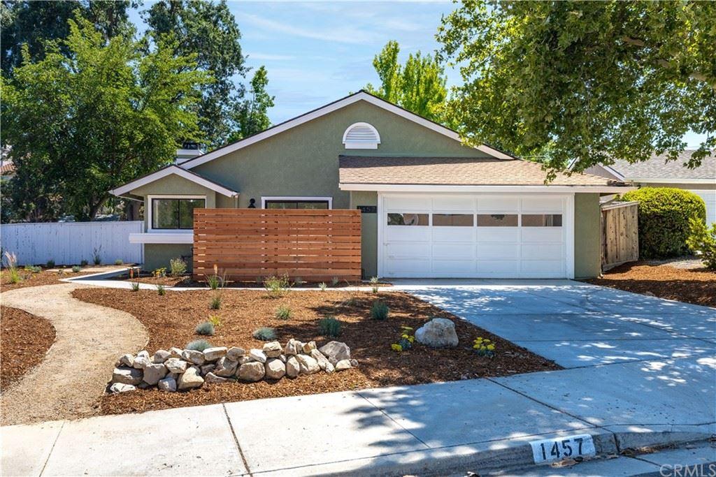 Photo of 1457 Condor Lane, Templeton, CA 93465 (MLS # NS21173582)