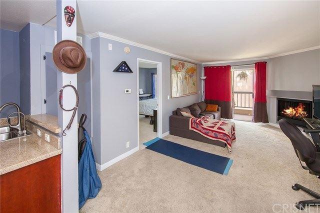 Photo of 5515 Canoga Avenue #215, Woodland Hills, CA 91367 (MLS # SR21074582)
