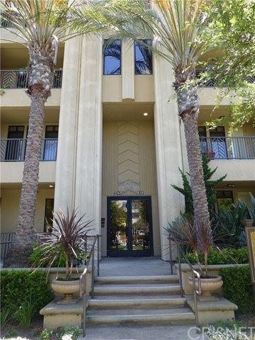 Photo of 5625 Crescent Park W #104, Playa Vista, CA 90094 (MLS # SR20222583)
