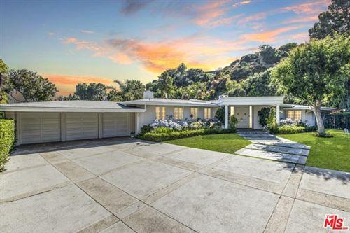 Photo of 1201 Loma Vista Drive, Beverly Hills, CA 90210 (MLS # 20596584)