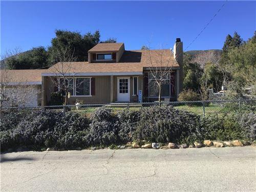 Photo of 39811 Calle El Clavelito, Green Valley, CA 91390 (MLS # CV21157584)