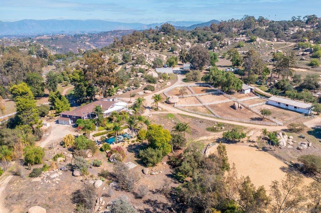 27253 Mountain Meadow Rd, Escondido, CA 92026 - MLS#: 210029584