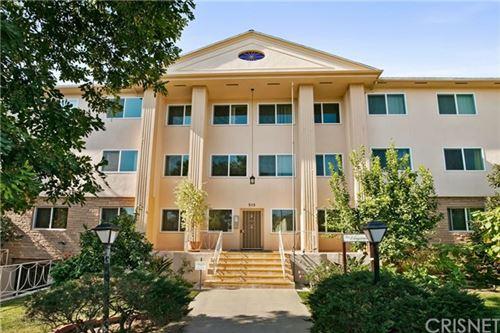 Photo of 315 N Louise Street #211, Glendale, CA 91206 (MLS # SR20133585)