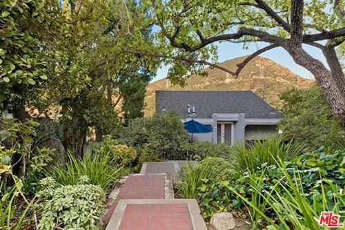 Photo of 3284 Hillock Drive, Los Angeles, CA 90068 (MLS # 20650586)