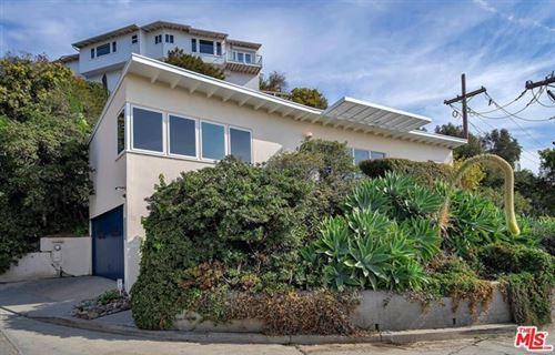 Photo of 17447 Castellammare Drive, Pacific Palisades, CA 90272 (MLS # 21693586)