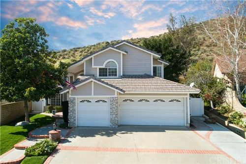 Photo of 28711 Howard Marrie Court, Saugus, CA 91390 (MLS # SR20159586)