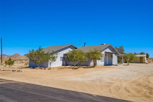 Photo of Lucerne Valley, CA 92356 (MLS # 539587)