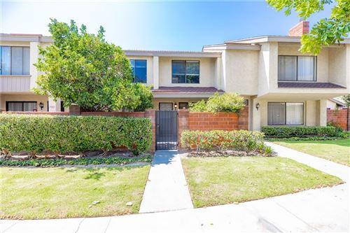 Photo of 984 W Lamark Lane, Anaheim, CA 92802 (MLS # LG21196587)