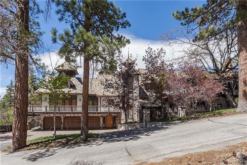 Photo of 848 Jeffries Road, Big Bear, CA 92315 (MLS # PW17118587)