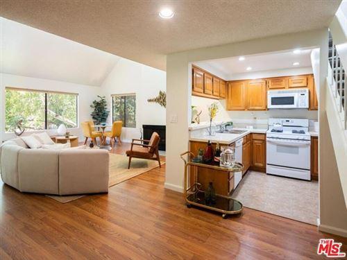 Photo of 950 N Kings Road #310, West Hollywood, CA 90069 (MLS # 20602588)