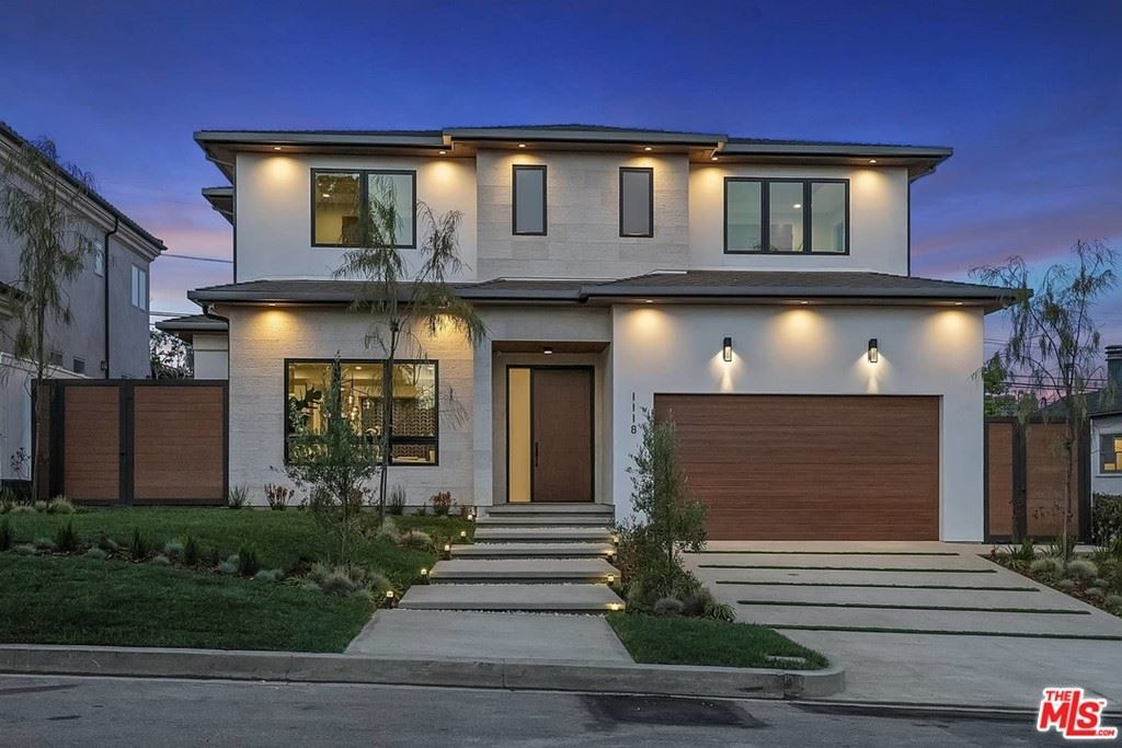 Photo of 1118 Charm Acres Place, Pacific Palisades, CA 90272 (MLS # 21741588)