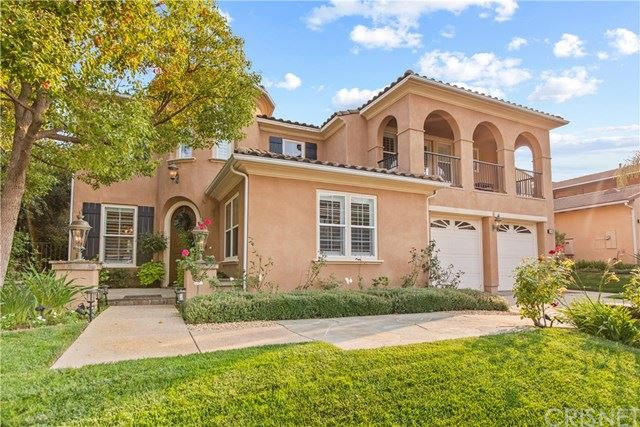 Photo of 240 Spruce Circle, Simi Valley, CA 93065 (MLS # SR20186588)