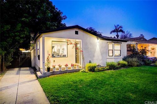 Photo of 2633 S Bentley Avenue, Los Angeles, CA 90064 (MLS # PW21215589)