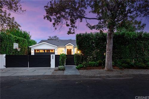 Photo of 12251 Morrison Street, Valley Village, CA 91607 (MLS # SR21209589)
