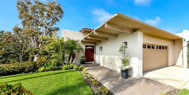 Photo of 406 Carlotta, Newport Beach, CA 92660 (MLS # OC21097589)