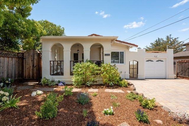 306 Hillview Avenue, Redwood City, CA 94062 - #: ML81850591