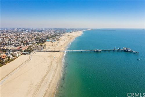 Tiny photo for 3901 E Livingston Drive #404, Long Beach, CA 90803 (MLS # OC20217592)