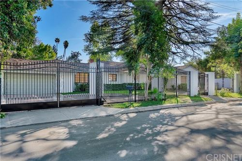 Photo of 5100 Calenda Drive, Woodland Hills, CA 91367 (MLS # SR19284592)
