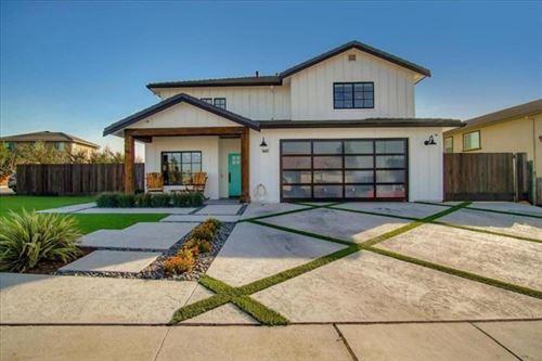 Photo of 1441 Mesquite Drive, Hollister, CA 95023 (MLS # ML81816593)