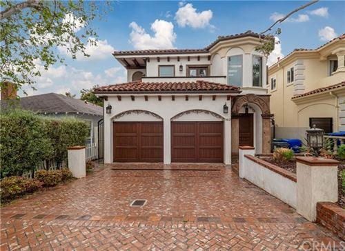 Photo of 1412 Walnut Avenue, Manhattan Beach, CA 90266 (MLS # SB20090593)