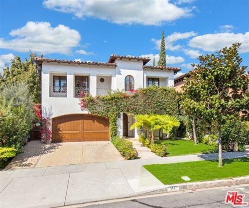 Photo of 117 N BOWLING GREEN Way, Los Angeles, CA 90049 (MLS # 21680594)