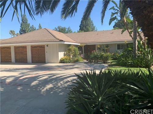 Photo of 19446 Mayall Street, Northridge, CA 91324 (MLS # SR20156594)