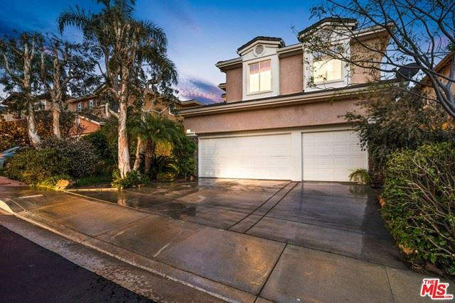 Photo of 2836 Arbella Lane, Thousand Oaks, CA 91362 (MLS # 21719594)