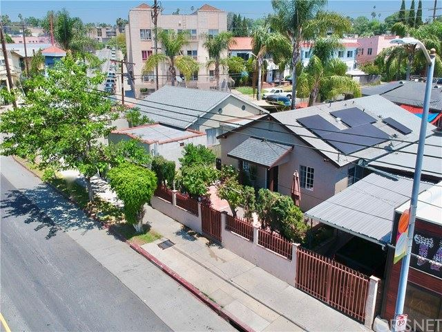 Photo of 522 N Hoover Street, Los Angeles, CA 90004 (MLS # SR20089594)