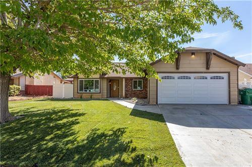 Photo of 2058 E Avenue R12, Palmdale, CA 93550 (MLS # BB21232595)