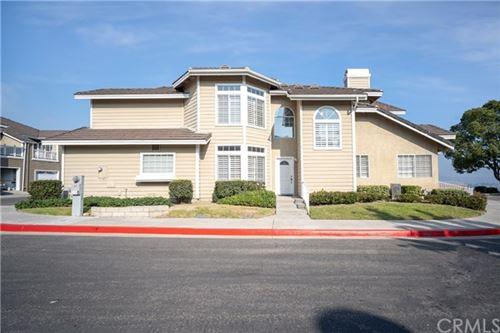 Photo of 736 S Crown Pointe Dr, Anaheim Hills, CA 92807 (MLS # PW20247595)
