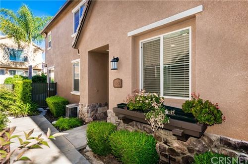 Photo of 28456 Mirabelle Lane, Saugus, CA 91350 (MLS # SR20150595)
