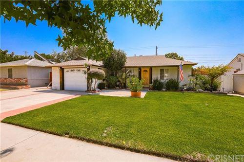 Photo of 17400 Covello Street, Lake Balboa, CA 91406 (MLS # SR20182595)