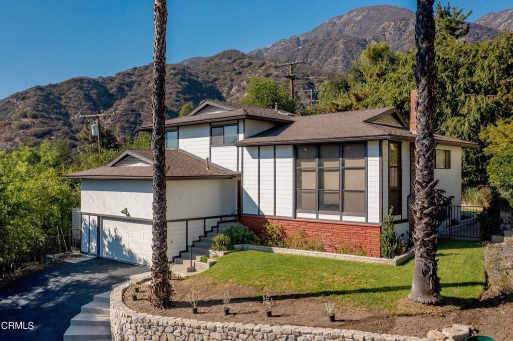 Photo of 5516 1/2 Goss Canyon Avenue, La Crescenta, CA 91214 (MLS # P1-6595)