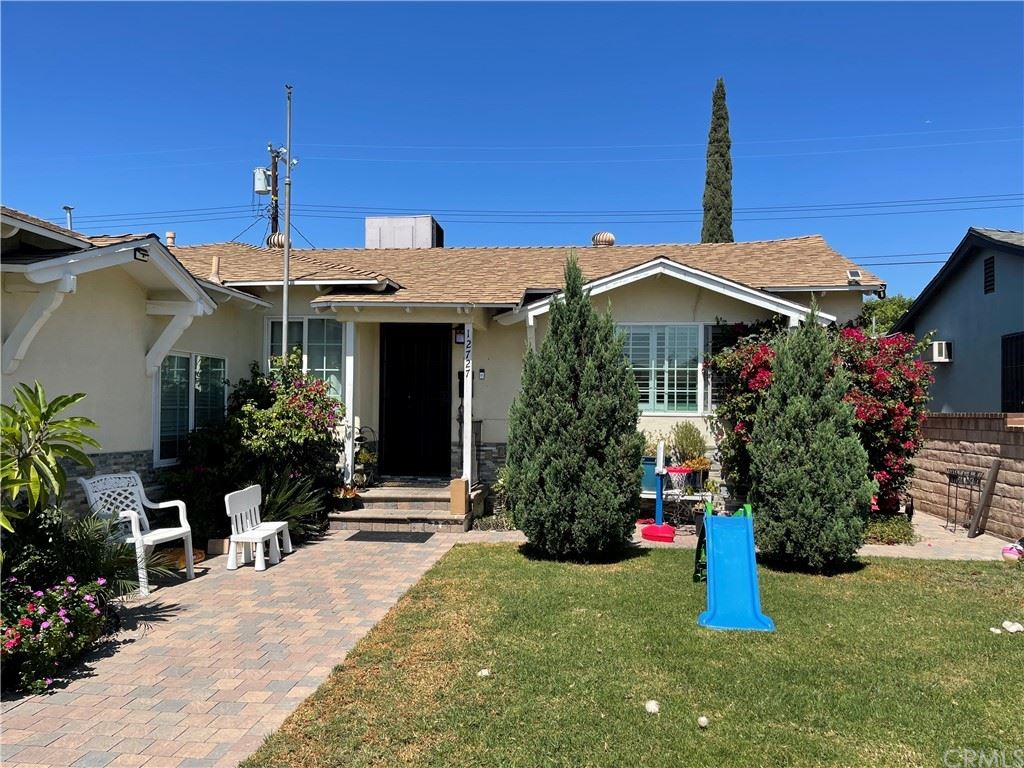 Photo for 12727 Muscatine Street, Pacoima, CA 91331 (MLS # DW21198596)